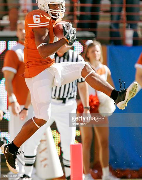 Wide receiver Quan Cosby of the Texas Longhorns pulls down a touchdown against the Baylor Bears in the first quarter on November 8 2008 at Darrell K...