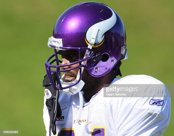 Wide receiver Randy Moss of the Minnesota Vikings takes his first practice after re-joining the Vikings at Winter Park on October 7, 2010 in Eden...