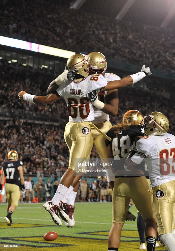 Champs Sports Bowl - Florida State v Notre Dame : News Photo