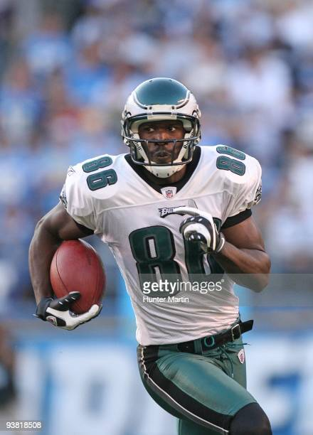 Wide receiver Reggie Brown of the Philadelphia Eagles runs with the ball during a game against the San Diego Chargers on November 14, 2009 at...