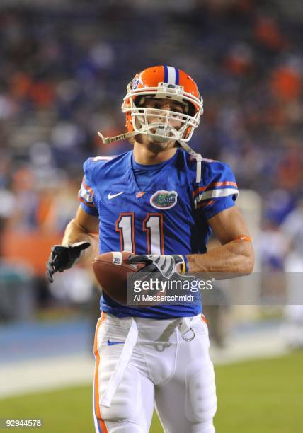 Wide receiver Riley Cooper of the Florida Gators sets for play against the Vanderbilt Commodores on November 7, 2009 at Ben Hill Griffin Stadium in...