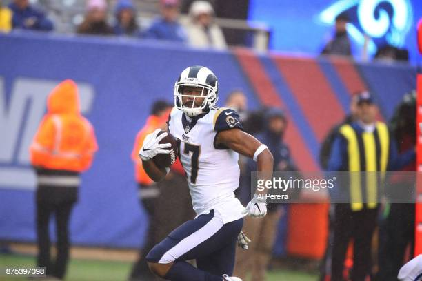 Wide Receiver Robert Woods of the Los Angeles Rams catches a touchdown pass against the New York Giants at MetLife Stadium on November 5 2017 in East...