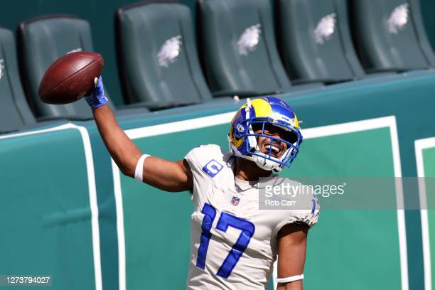 PHILADELPHIA PENNSYLVANIA SEPTEMBER 20 Wide receiver Robert Woods of the Los Angeles Rams celebrates after scoring a touchdown against the...