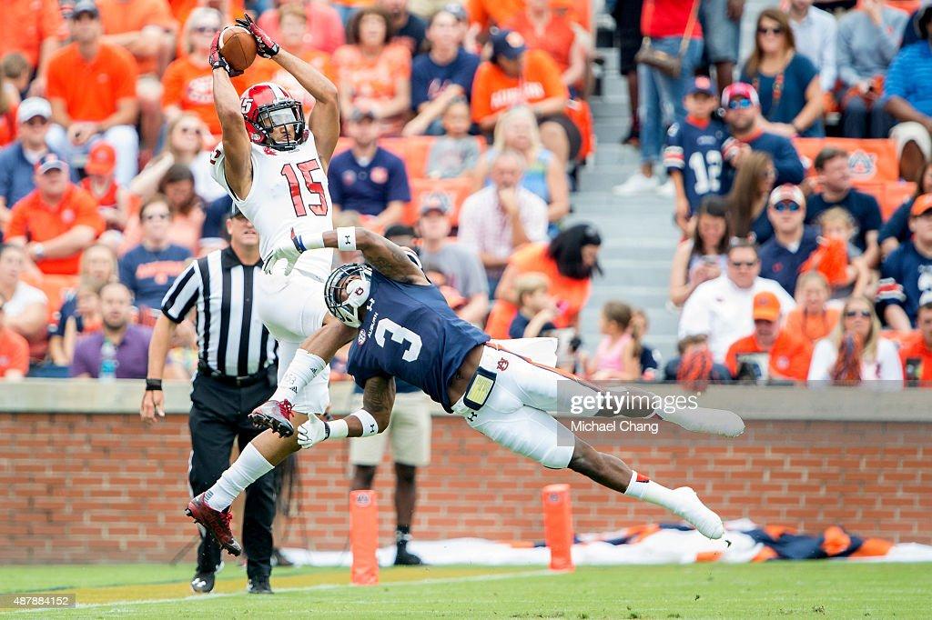 Jacksonville State v Auburn : News Photo