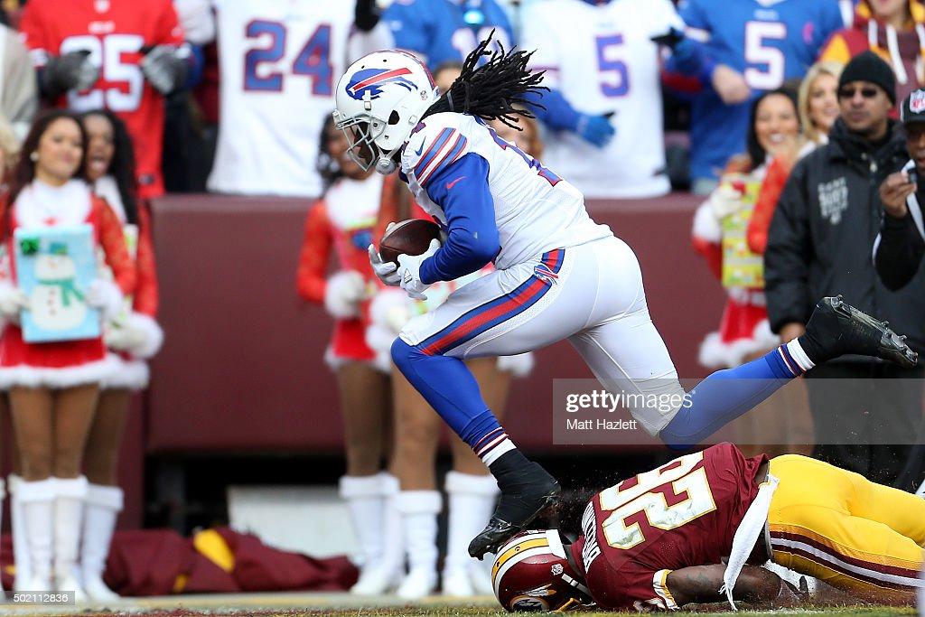 Buffalo Bills v Washington Redskins : News Photo