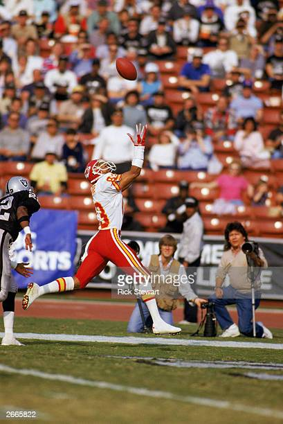 Wide receiver Stephone Paige of the Kansas City Chiefs reaches for a endzone pass during a 1986 NFL game against the Los Angeles Raiders at the LA...