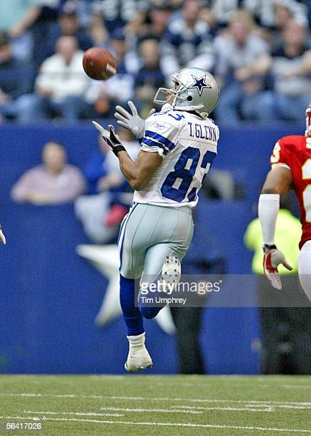 Wide receiver Terry Glenn of the Dallas Cowboys catches a touchdown pass in a game against the Kansas City Chiefs on December 11 2005 at Texas...