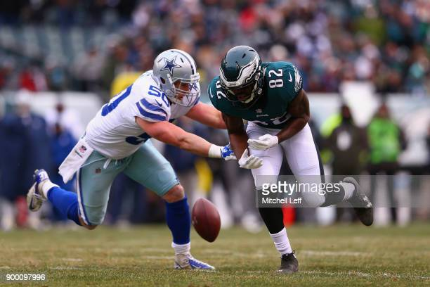 Wide receiver Torrey Smith of the Philadelphia Eagles drops the ball against middle linebacker Sean Lee of the Dallas Cowboys during the first...