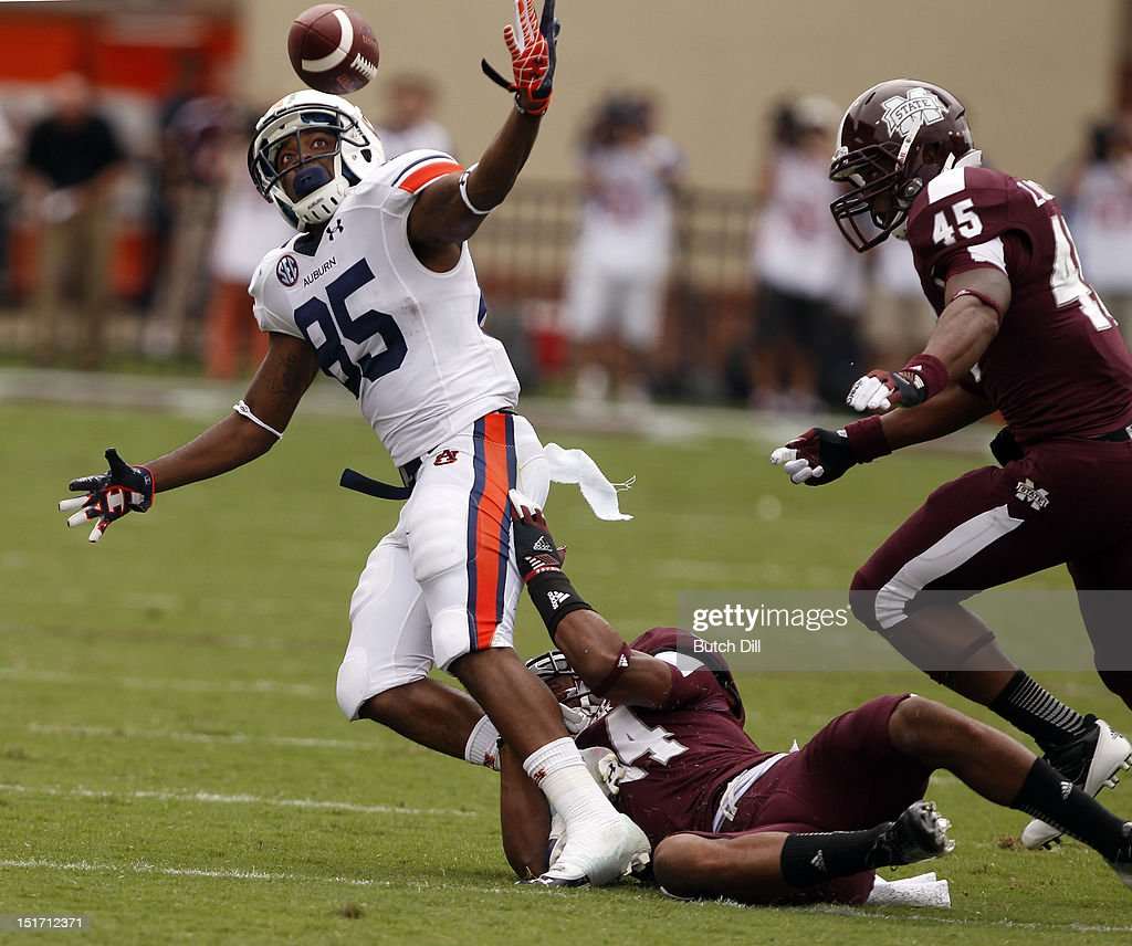 Auburn v Mississippi State : News Photo