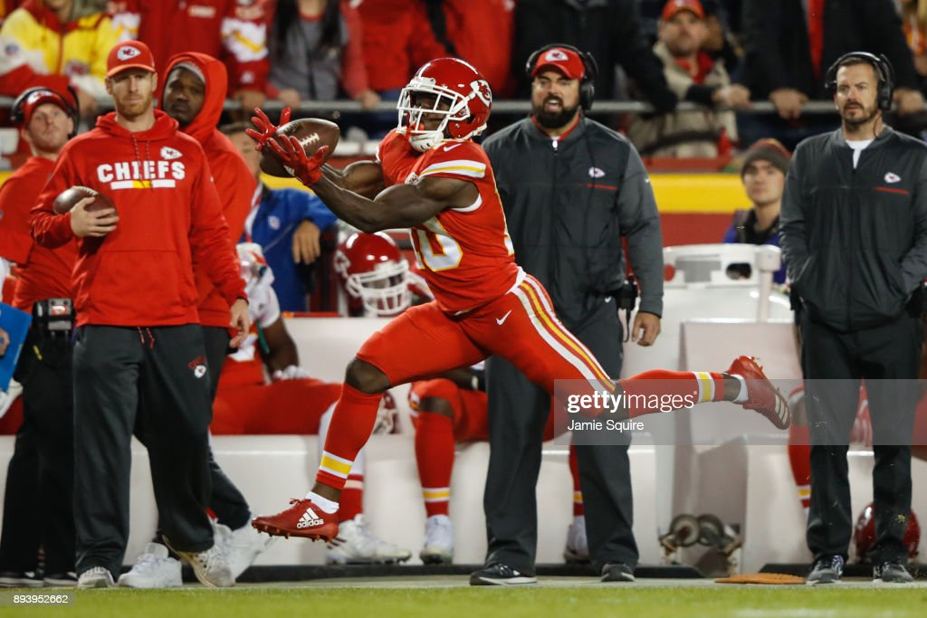 Los Angeles Chargers v Kansas City Chiefs : News Photo