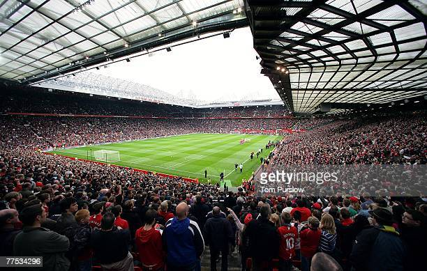 290 069 old trafford photos and premium high res pictures getty images https www gettyimages com photos old trafford
