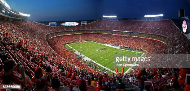 A wide view of Arrowhead Stadium before an NFL game between the Washington Redskins and Kansas City Chiefs on October 2 2017 in Kansas City MO The...