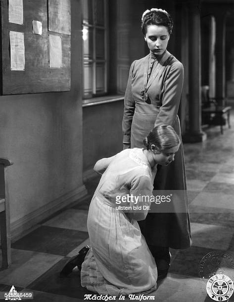 Wieck Dorothea Actress Germany * Scene from the movie 'Mädchen in Uniform' with Hertha Thiele Directed by Leontine Sagan Carl Froelich Germany 1931...