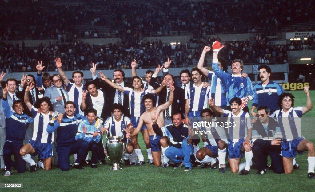 FUSSBALL: EUROPAPOKAL DER LANDESMEISTER 1987/FC BAYERN MUENCHEN : News Photo
