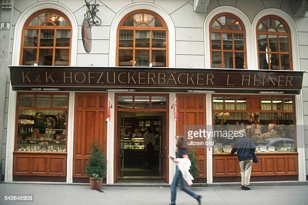 """Wiener Cafehaus und Konditorei """"K & K Hofzuckerbäckerrei L. Heiner """" in Wien - Aussenansicht 1999"""