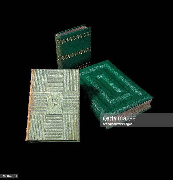 Wiener Werkstaette book covers 19031915 [Bucheinbaende der Wiener Werkstaette 19031915]