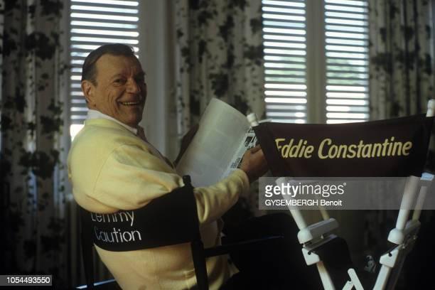 Wiesbaden Allemagne Juillet 1988 Eddie CONSTANTINE chanteur et acteur américain avec son épouse la productrice allemande Maya FABERJANSEN et leur...