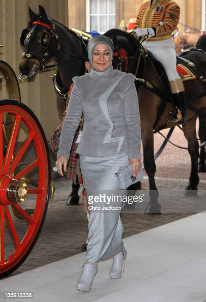 Wife of Dr Abdullah Gül the President of the Republic of Turkey Hayrünnisa Gül arrives at Buckingham Palace on November 22 2011 in London England The...