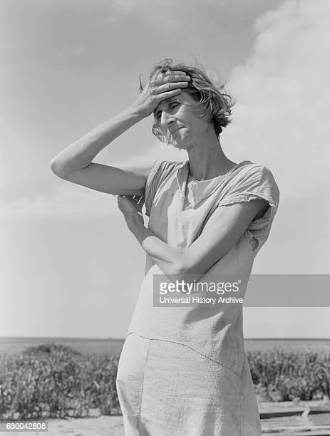 Wife of Migratory Worker, near Childress, Texas, USA, Dorothea Lange for Farm Security Administration, June 1938.