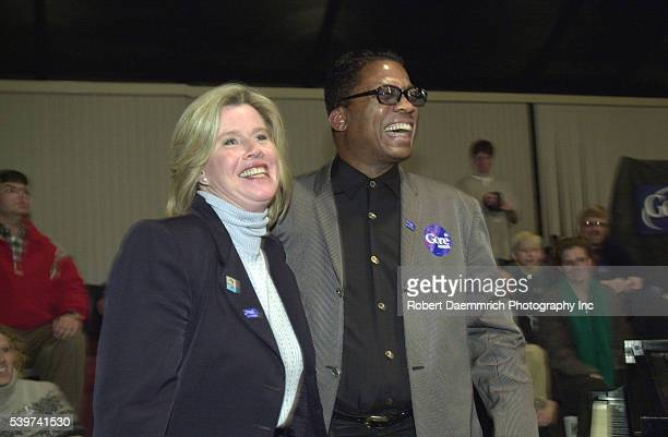 Wife of VicePresident with Herbie Hancock during a rally in Grinnel High School