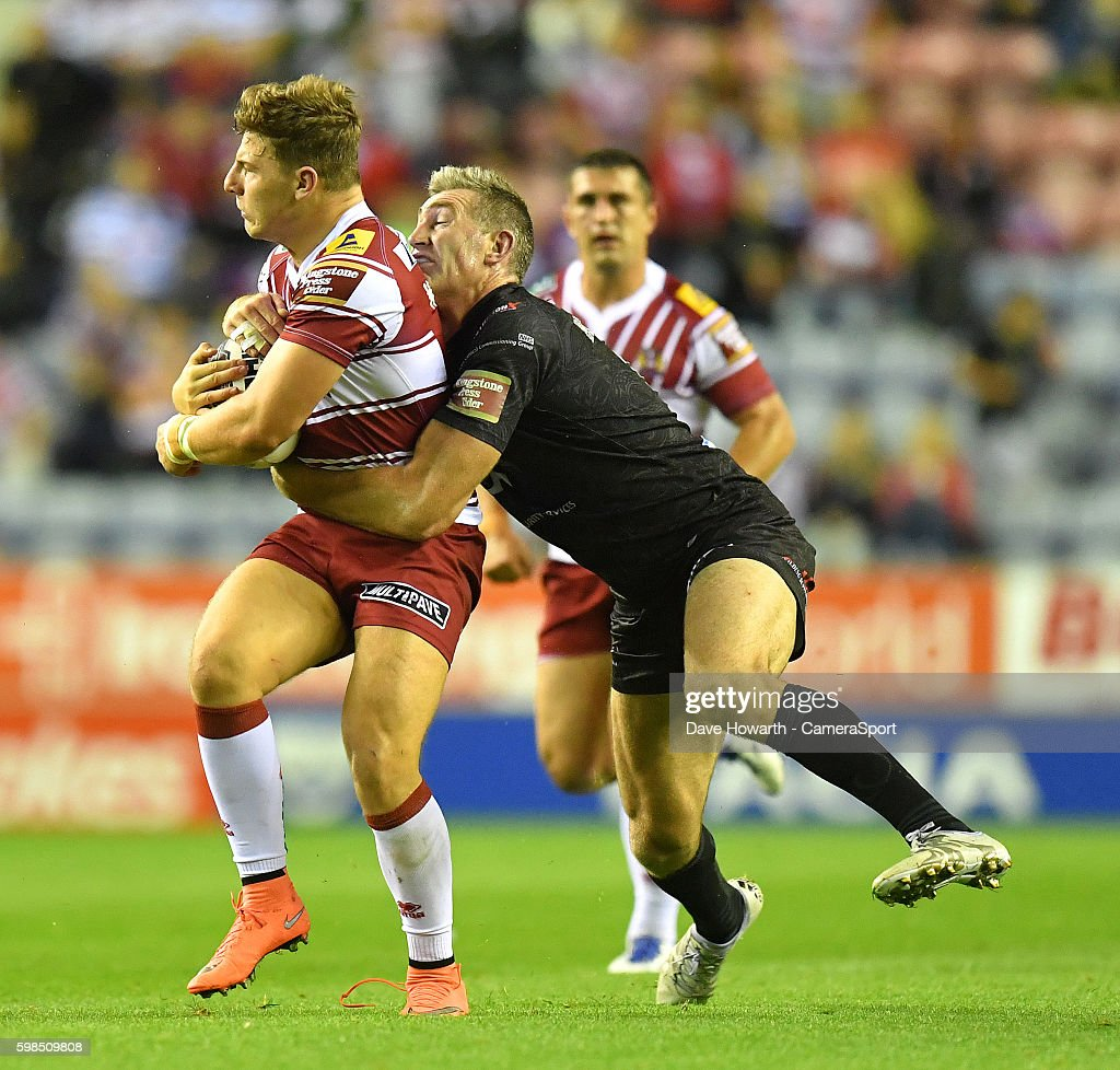 Wigan Warriors v Widnes Vikings - Super League