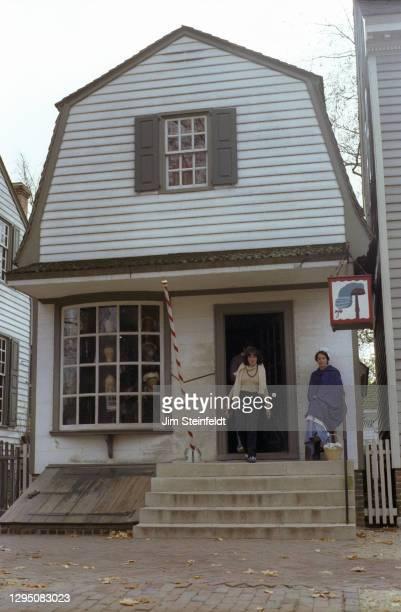 Wigmaker in Colonial Williamsburg in Williamsburg, Virginia on November 1, 1981.
