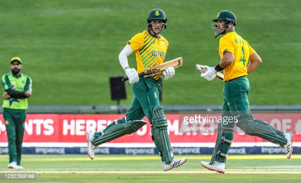 Wihan Lubbe and Aiden Markram of South Africa in partnership during the 2nd KFC T20 International match between South Africa and Pakistan at Imperial...