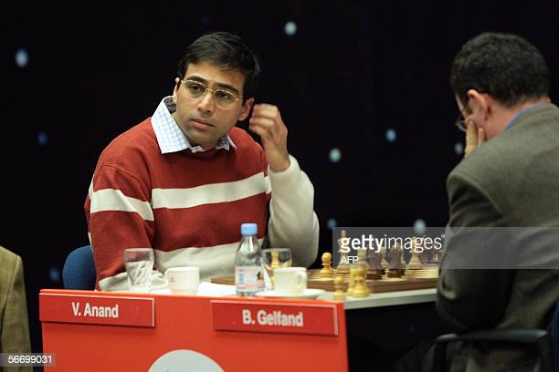 Viswanathan Anand of India appears during his last match against Bulgarian Boris Gelfand in the Corus Chess Tournament in Wijk aan Zee 29 January...