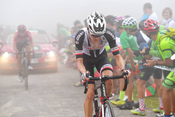 Biciklizam - Page 8 Wilco-kelderman-of-the-netherlands-and-team-sunweb-fog-during-the-picture-id1032223292?k=6&m=1032223292&s=612x612&w=0&h=WdvbnyNHW6WXCfEQznYrxxSsWcLolRMXZl8oj1A_yyo=