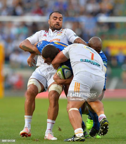 Wilco Louw of the Stormers and Liam Messam of the Chiefs during the Super Rugby match between DHL Stormers and Chiefs at DHL Newlands on April 08...