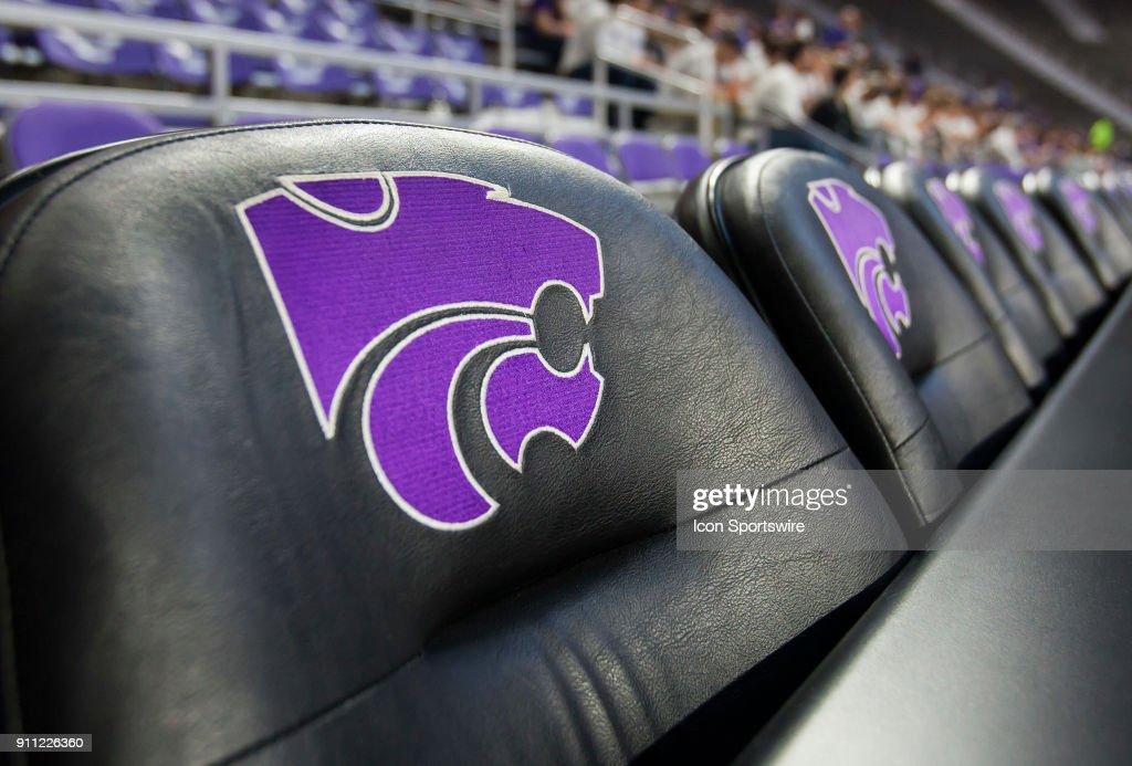 COLLEGE BASKETBALL: JAN 27 Georgia at Kansas State : News Photo