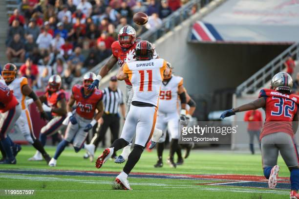 Wildcats wide receiver Nelson Spruce looks to haul in a first half pass reception over the middle during the XFL football game between the Los...