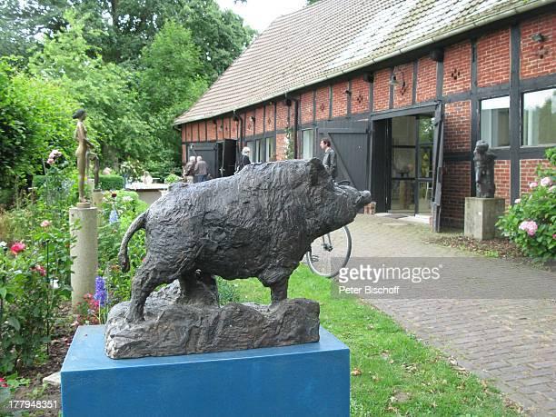 WildschweinSkulptur Garten vom Atelier von P r o f B e r n d A l t e n s t e i n und G i s e l a E u f e sowie C h r i s t o p h F i s c h e r Offene...