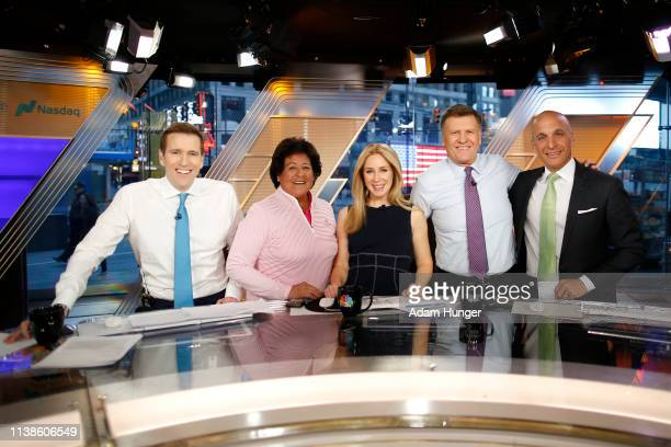Wilfred Frost Nancy Lopez Rebecca Quick Joe Kernen and Peter Bevacqua pose for a picture just after the CNBC interview in Times Square for the...