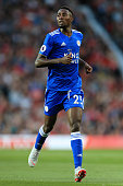 manchester england wilfred ndidi leicester looks
