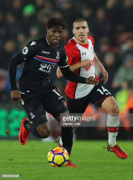 Wilfred Zaha of Crystal Palace in action during the Premier League match between Southampton and Crystal Palace at St Mary's Stadium on January 2...