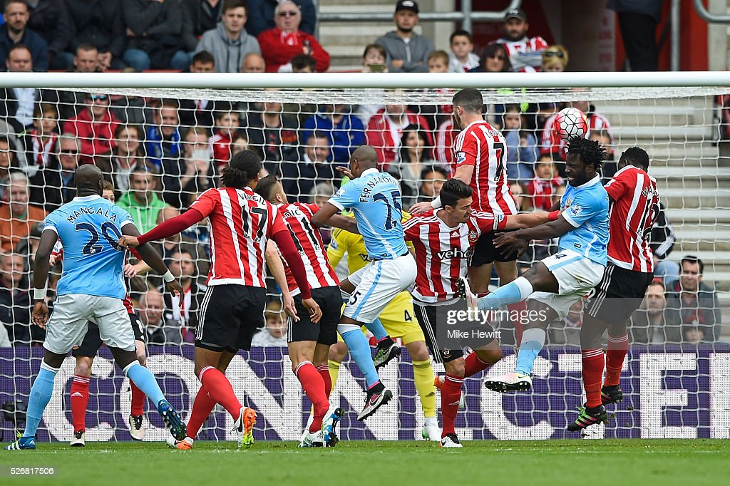 Southampton v Manchester City - Premier League : News Photo