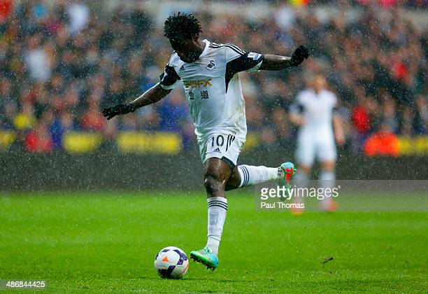 Wilfried Bony of Swansea City scores the opening goal during the Barclays Premier League match between Swansea City and Aston Villa at Liberty...