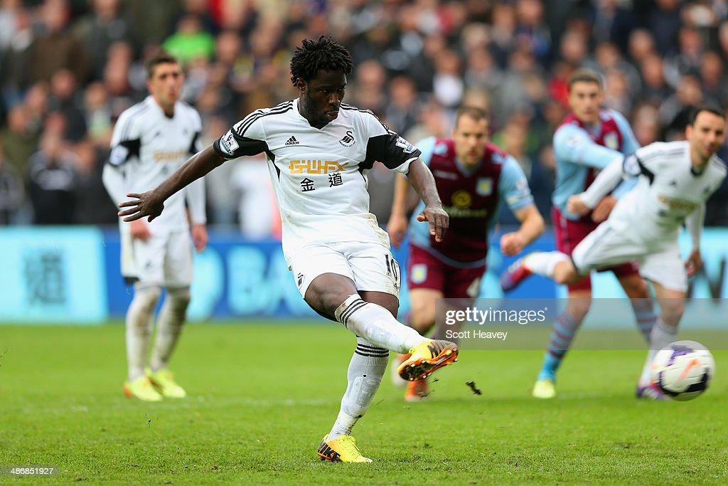 Swansea City v Aston Villa - Premier League : ニュース写真