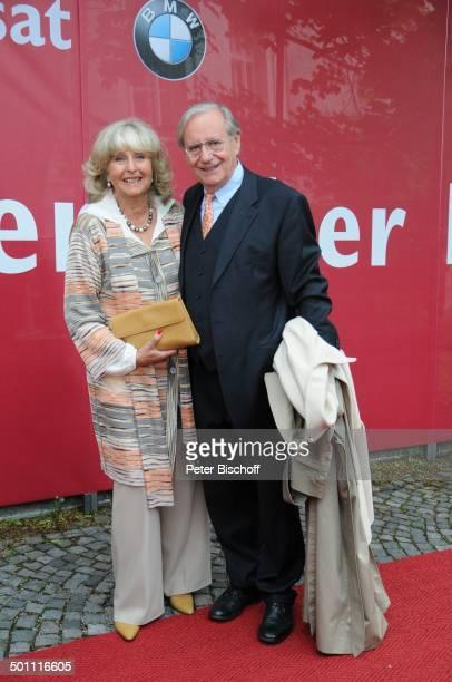 Wilfried Klaus Ehefrau Wera Klaus 21 Bayerischer Fernsehpreis 2009 Preis Der Blaue Panther Prinzregententheater München Bayern Deutschland Europa...
