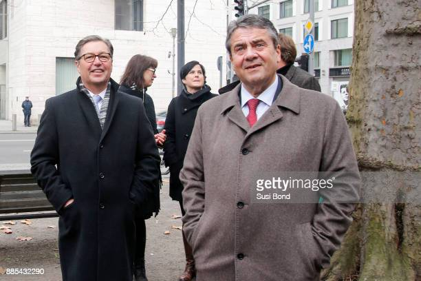 Wilfried Uhr and German politician Sigmar Gabriel during a press conference to the opening of the art event 'Halt in Berlin Schinkelplatz 3' by HA...