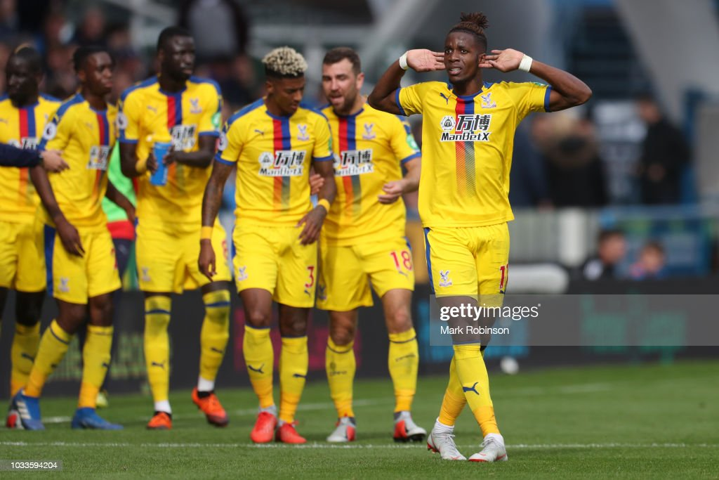 Huddersfield Town v Crystal Palace - Premier League : News Photo