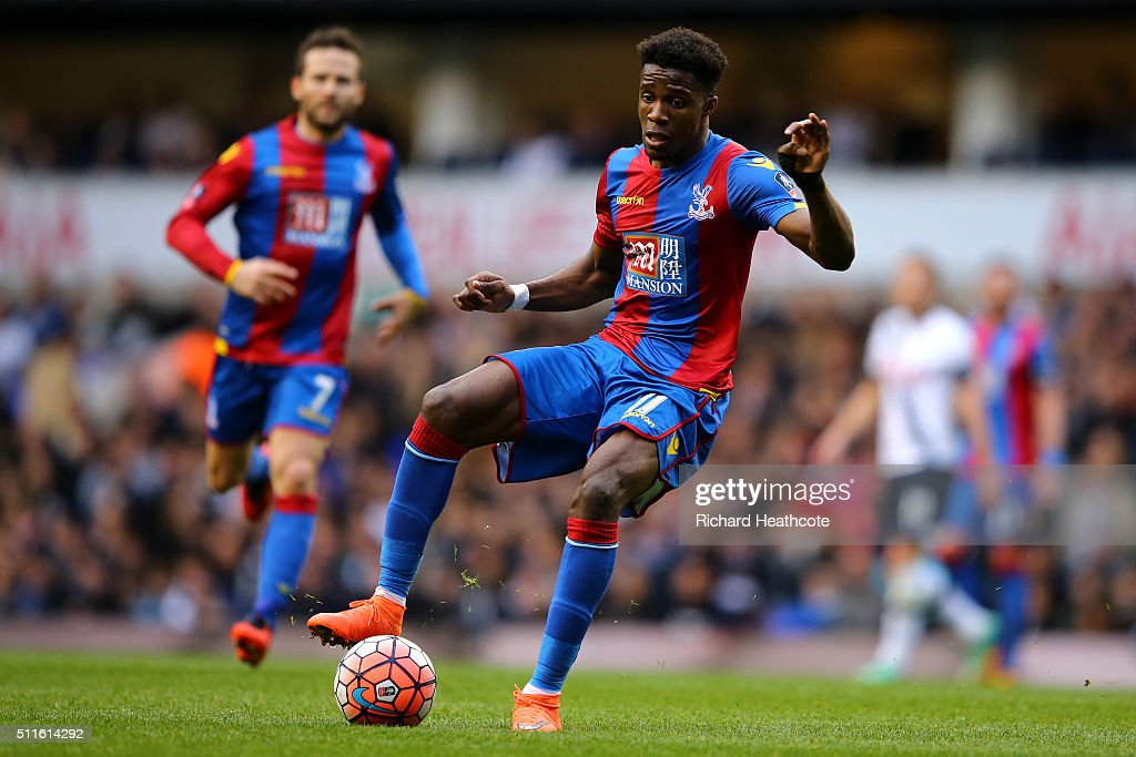 Wilfried Zaha of Crystal Palace in action during The Emirates FA Cup Fifth Round match between Tottenham Hotspur and Crystal Palace at White Hart Lane on February 21, 2016 in London, England.