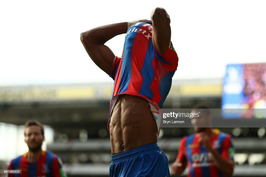 Wilfried Zaha of Crystal Palace reacts during the Premier League match between Crystal Palace and West Ham United at Selhurst Park on October 28, 2017 in London, England.