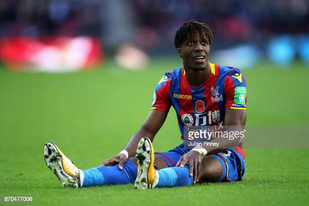 Wilfried Zaha of Crystal Palace reacts during the Premier League match between Tottenham Hotspur and Crystal Palace at Wembley Stadium on November 5...