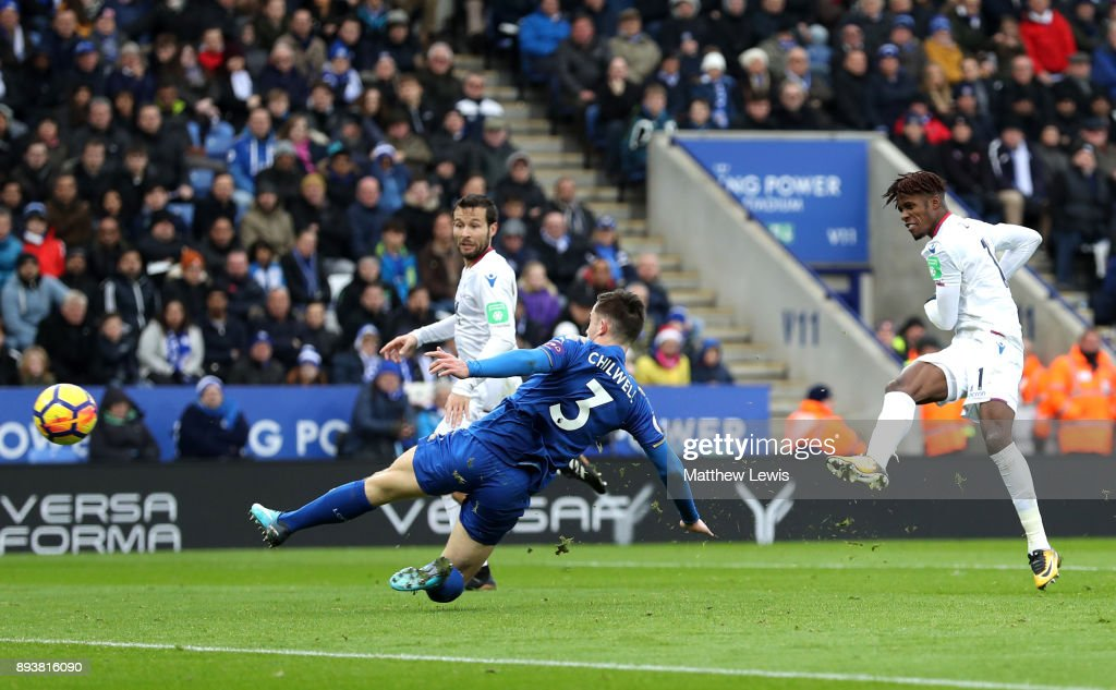Wilfried Zaha of Crystal Palace scores his sides second goal during the Premier League match between Leicester City and Crystal Palace at The King Power Stadium on December 16, 2017 in Leicester, England.