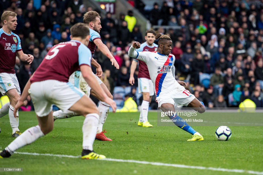 Burnley FC v Crystal Palace - Premier League : News Photo