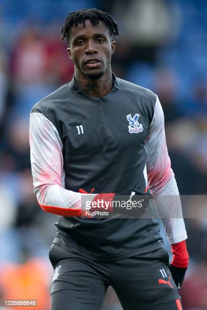 Wilfried Zaha of Crystal Palace warms up during the Premier League match between Crystal Palace and Leicester City at Selhurst Park, London on Sunday...