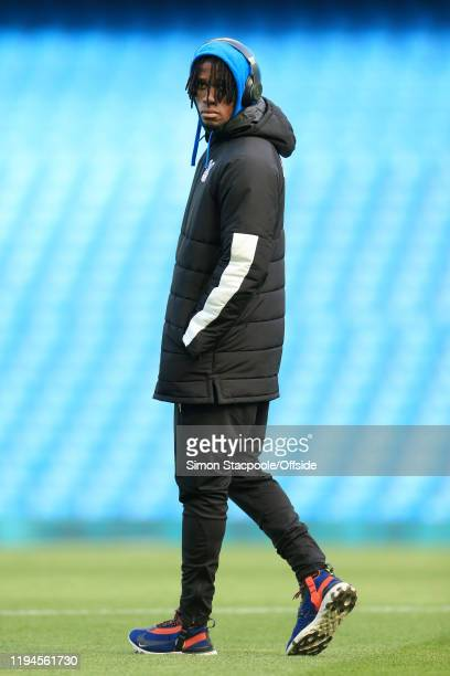 Wilfried Zaha of Palace wears headphones before the Premier League match between Manchester City and Crystal Palace at the Etihad Stadium on January...