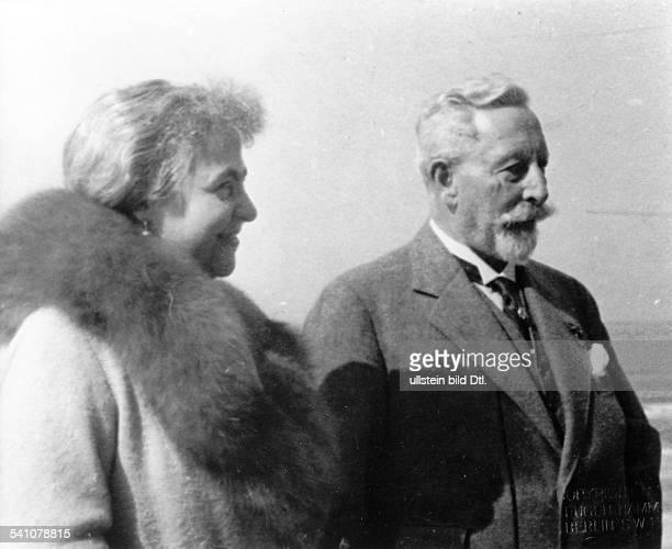 Wilhelm II *27011859Deutscher Kaiser 18881918König von Preussen mit seiner 2 Frau Hermine